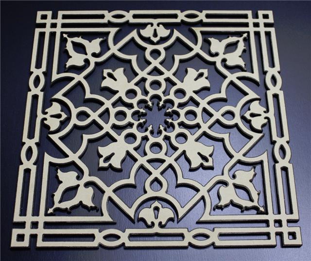 アラベスク模様壁飾り