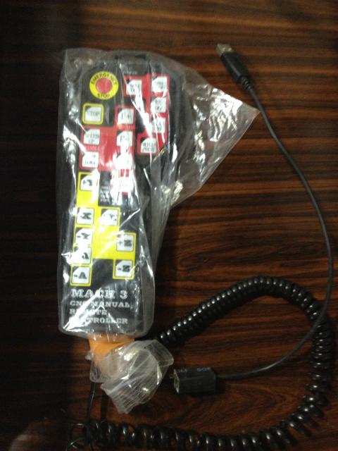 Mach3 USB コントローラー